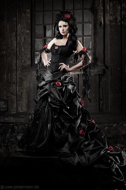 Hochzeitskleider Schwarz Gothic Schwarzes Gothic Brautkleid