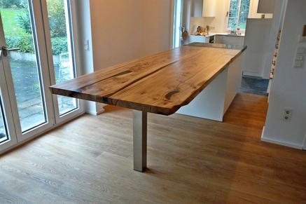 gro e naturholztische aus au ergew hnlichen baumstamm tischplatten m belkreationen beaupoil. Black Bedroom Furniture Sets. Home Design Ideas