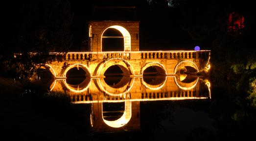 illumina schloss dyck magie der nacht die nacht ist. Black Bedroom Furniture Sets. Home Design Ideas
