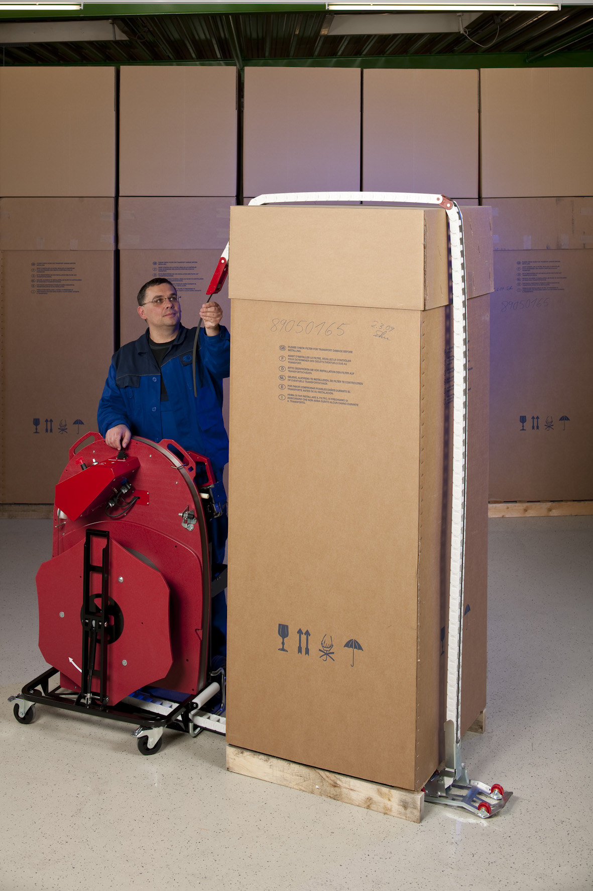 Now Agr Las Vegas Can Read Your Future With Zoltar: Ergonomic Pallet Strapping