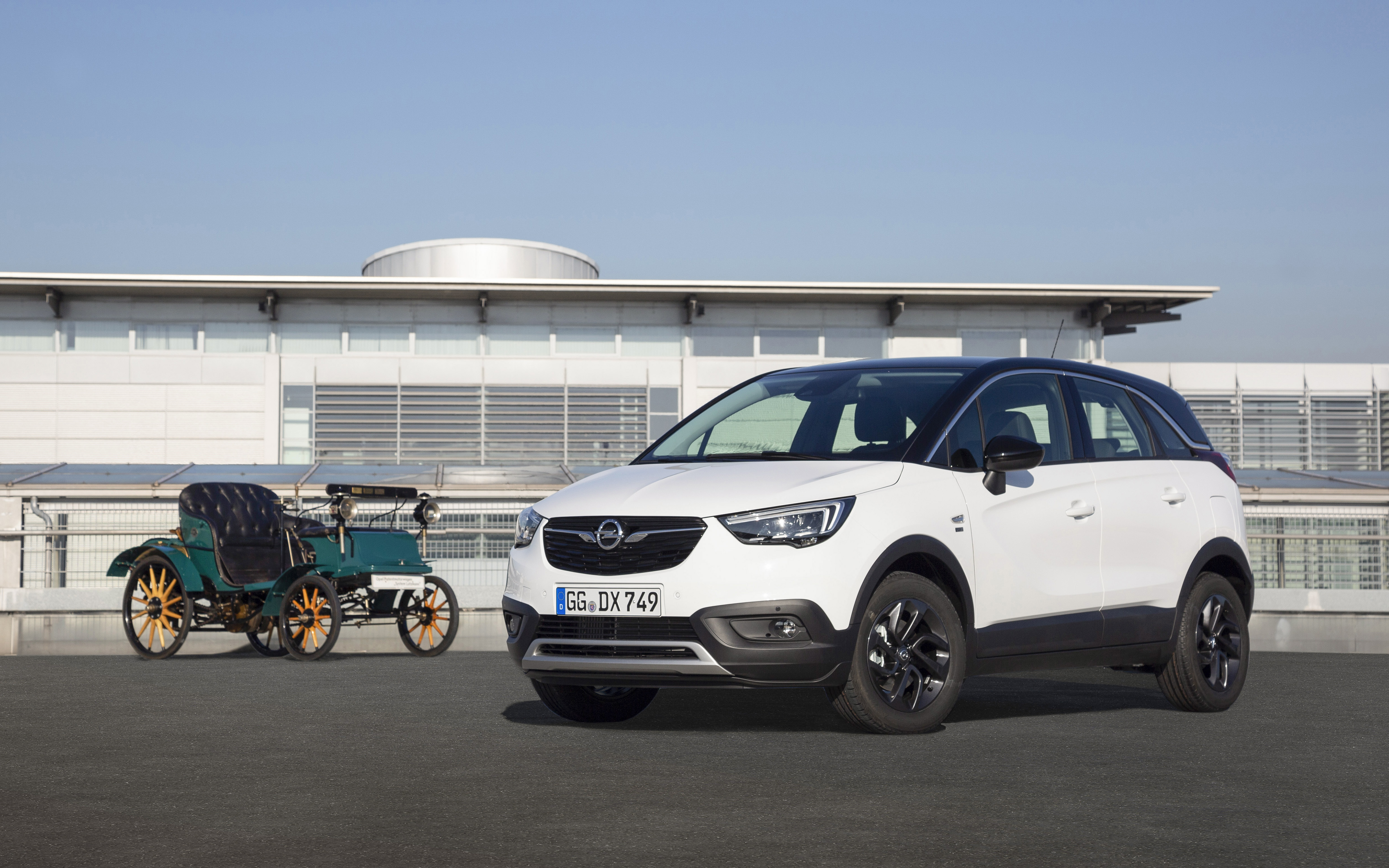 Safety For All Opel Crossland X 120 Years Continues The Tradition Opel Automobile Gmbh Pressemitteilung Lifepr