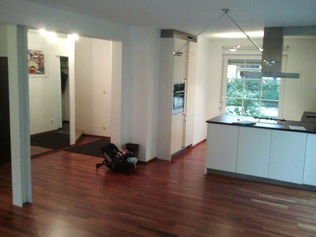 Parkettboden dunkel küche  Neues Wohngefühl mit der Trendwelt