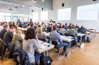 Volles Haus: Die 47. Kontaktstudientage an der Hochschule Osnabrück stießen mit rund 300 Besucherinnen und Besuchern auf eine sehr gute Resonanz, Foto: Bettina Meckel