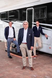 Michael Schmitt (Kaufmännischer Leiter), Joachim Baumgartner (Geschäftsführer), Markus Freitag (LeiterVertrieb und Marketing) stehen für die Gesundheit von Kunden und Mitarbeitern