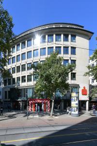 Außenansicht: Das neue KundenCentrum in der Bahnhofstraße 32 (Copyright:Die Sparkasse Bremen)