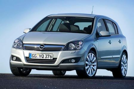 """Opel verlängert die zum Jahresbeginn gestartete Initiative """"6 Jahre Garantie"""" für Neuwagen"""