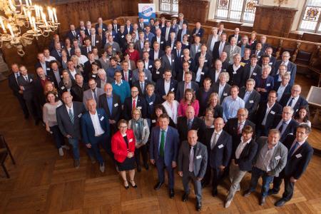 """In 2003 gegründet zählt die """"Partnerschaft Umwelt Unternehmen"""" an ihrem 15. Geburtstag 185 Mitglieder"""
