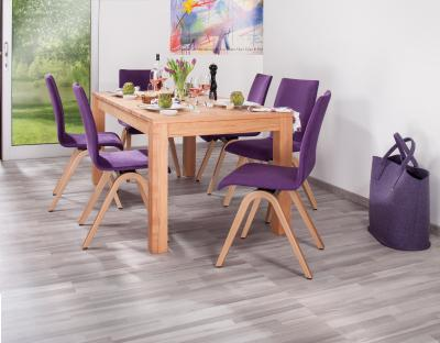 Mit ergonomischen Esszimmerstühlen kann man dem Rücken auch beim Essen Gutes tun. Bild: AGR/Moizi