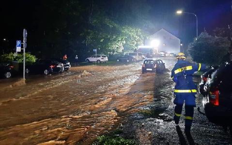 Einsatz des Technischen Hilfswerks (THW) im Gebiet der Unwetterkatastrophe