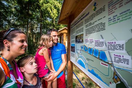 Eine pfiffige Tourismusinitiative hat eine bayerische und ebenso faszinierende Version der spannenden Unterwasserbeobachtung entwickelt: das