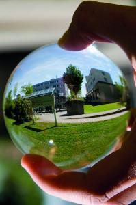 Berufsbegleitend weiterqualifizieren: Logistik - Management & Consulting (MBA) / Bildquelle: ©HWG LU