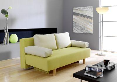 Tagsüber ein schickes Sofa