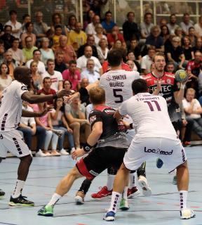 Der HC Erlangen kämpfte gegen den HBC Nantes bis zum Schluss um jeden Ball (Foto: Jocki_Erlangen)