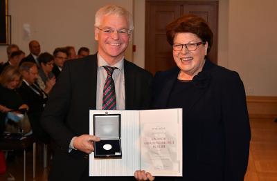 PM_20171201_BayerischeVerfassungsmedaille_PeterAicher.jpg