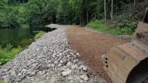 Landesforsten beenden Bauarbeiten am undichten Itelteich-Damm