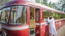Saunieren im historischen Schienenbus in der Altmühltherme Treuchtlingen