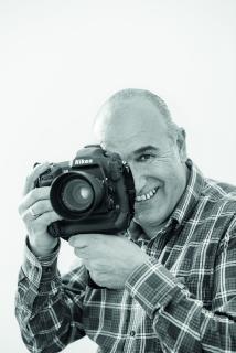 Portrait Carlucci mit Kamera