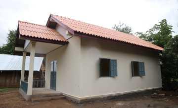 Die Georg Kraus Stiftung hat im laotischen Bane Nasane ein Lehrerwohnhaus erbaut, damit kein Unterricht ausfällt