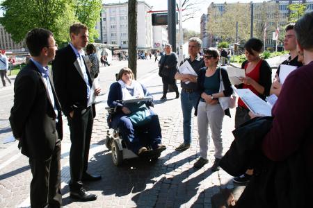 links VAG Vorstand Stephan Bartosch und 2.v.links: VAG Vorstand Oliver Benz