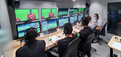 Video Assistant Referee (VAR) Systeme im Einsatz in Afrika bei CHAN in Kamerun