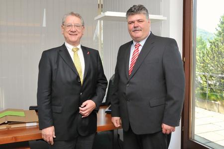 Rainer Vollmer (rechts) und Kammerpräsident Joachim Möhrle / Foto: Handwerkskammer