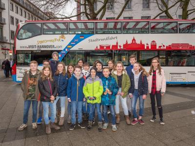 Schüler  der 6. Klasse der Wilhelm-Raabe-Schule gehen auf Jungfernfahrt