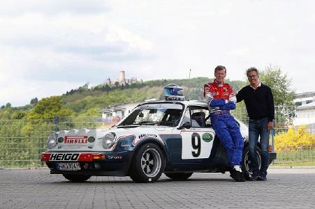 Rallye-Legende Walter Röhrl und FIVA-Vizepräsident Dr. Mario Theissen mit dem Heigo Porsche auf dem Nürburgring