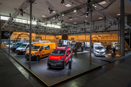 Starke Truppe: Der Opel-Stand auf der Nutzfahrzeug IAA in Hannover