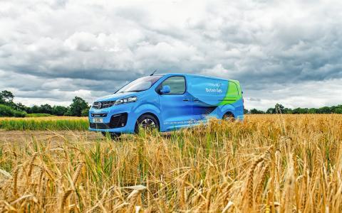 Opel Sister Vauxhall delivers 1,000 Vivaro-e to British Gas