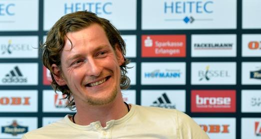 (Foto: Harald Sippel, Erlangen)  Mit einer Fangquote von aktuell 32 Prozent bewegt sich Torwart Mario Huhnstock in der Spitzengruppe der DKB Handball-Bundesliga