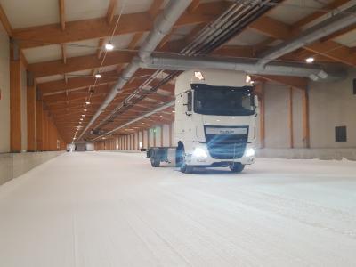 Schneehalle: TÜV SÜD verfügt über beste Voraussetzung zur Prüfung von Reifen unter winterlichen Bedingungen