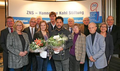Stiftungsvorstand und Kuratorium mit der scheidenden Präsidentin Dr. Kristina Schröder und dem neuen Präsidenten Adel Tawil