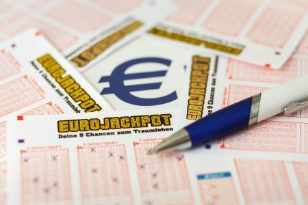 Der Eurojackpot wurde die zweite Ziehung in Folge geknackt. Einem Spielteilnehmer aus Spanien gelang dies am vergangenen Freitag (14.12.2018). Sein Gewinn beträgt exakt 10 Millionen Euro.   (c) MünsterView Heiner Witte