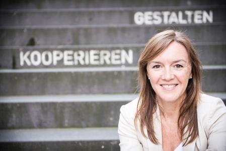 Hard- oder Zartselling im B2B-Vertrieb? Franziska Brandt-Biesler, Expertin für Smart Selling, sagt: keins von beidem.