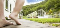 Eine Krampfaderoperation im Sommer hat Vorteile
