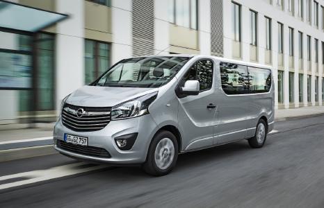 Bestens vernetzt: Navi 80 IntelliLink für den Opel Vivaro
