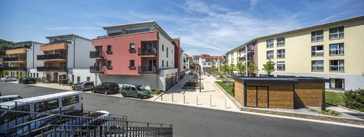 Die Außen- und Grünanlagen wurden im September 2011 fertiggestellt, Foto: Caparol Farben Lacke Bautenschutz/Martin Duckek