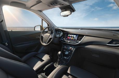 Smartphone-Integration: Das Radio R 4.0 IntelliLink verfügt über einen Sieben-Zoll-Farb-Touchscreen und ist auch mit Apple CarPlay und Android Auto kompatibel