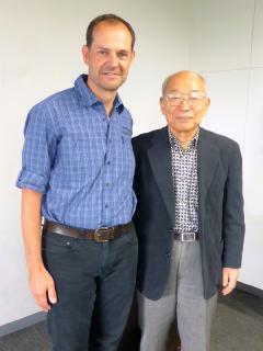 Im November 2018 findet das nächste englischsprachige Seminar von Hiroshi Doi (rechts im Bild) im Schulungszentrum in Ashiya (Japan) statt. Erstmalig wird dabei für einen Teil der Seminarteilnehmer von Oliver Drewes (links im Bild) ins Deutsche übersetzt.