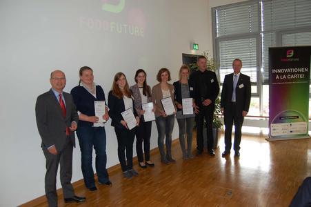Die glücklichen Preisträgerinnen des FOOD FUTURE DAY Campus Preises (v.l.): Frauke Litmeyer, Anne Wehlage, Lena Wortmann, Evamarie Stengel und Maria Kilian