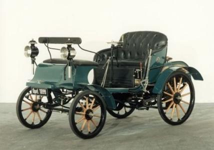 Das erste Auto made in Rüsselsheim: der Opel Patent Motorwagen System Lutzmann (1899)