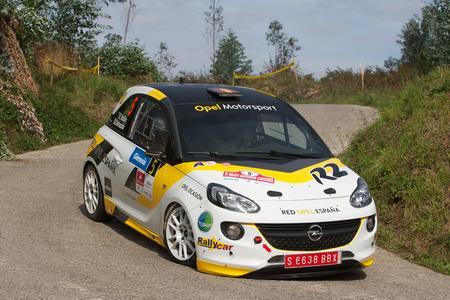 Spanische Rallye Meisterschaft: Acht Klassensiege bedeuteten für Esteban Vallin den R2-Meistertitel sowie die Vizemeisterschaft in der Division 2 für frontangetriebene Fahrzeuge und den vierten Rang in der Gesamtwertung, © GM Company