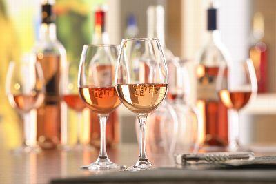 Verbraucher sparen beim Weineinkauf