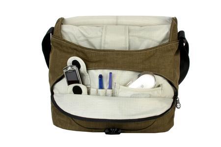 Fronttasche mit Reißverschluss und eingebautem Organiser