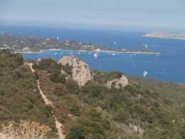 Den unbekannteren wilden Norden Sardiniens erkunden Radurlauber mit dem Insider-Reiseleiter Frank Teubner
