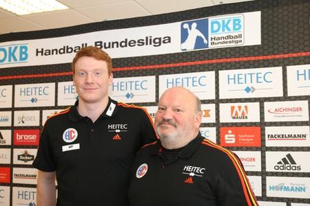 (Foto: hl-studios, Erlangen): v.l. Nicolai Theilinger und HC-Trainer Frank Bergemann