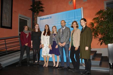v.l.n.r.: Susanne Beßler, Jacqueline Fritsch, Jana Stäbener, Medeleine Fischer, Peter Lauber Nela Fichtner, Caterina Lobenstein