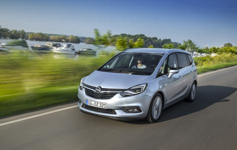 Opel Zafira: Publikumspremiere in Paris für die top-vernetzte Lounge auf Rädern