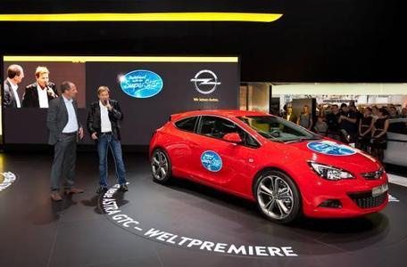 Deutschland sucht den Superstar – mit dem neuen Opel Astra GTC 3