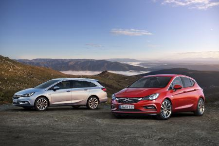 Dynamic duo: The Opel Astra Sports Tourer and the Astra five-door have convinced more than 500,000 customers from across Europe